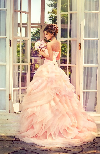 Bridal dress with ruffles